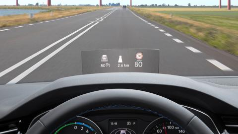 Volkswagen Passat GTE pantalla head-up