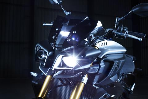 Yamaha-MT-10-SP-2017-1