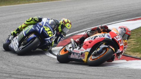 MotoGP Malasia 2016: vuelta a la curva de la 'patada'