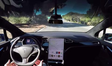 ¡La actualización del software de Tesla llega ya!