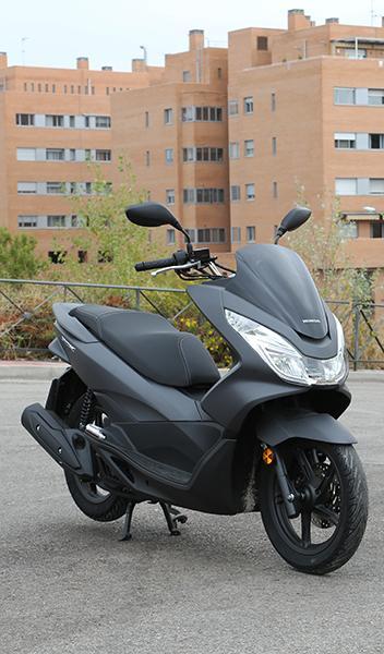 Prueba Honda PCX 125
