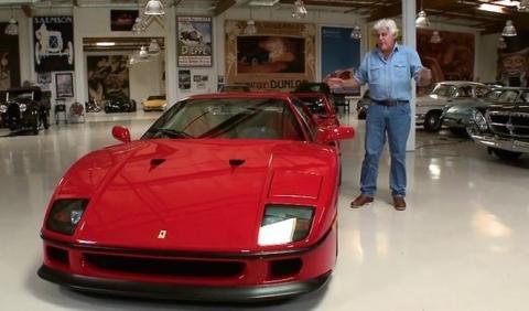 Jay Leno se sube al legendario Ferrari F40