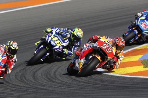 Rossi y Márquez, disgustados con sus motos para el 2017