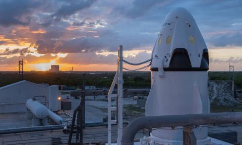 Elon Musk quiere que su SpaceX tenga Internet en el espacio