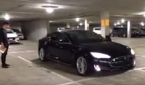 Vídeo: hackers controlan un Tesla Model S con la mente