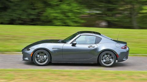 ¡El Mazda MX-5 RF ya está a la venta!