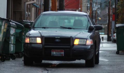 Vídeo: todo lo necesario para tener un coche de Policía