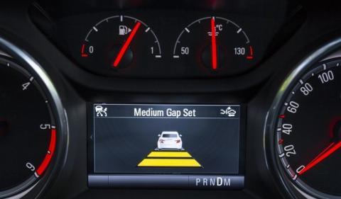 El nuevo control de crucero adaptativo del Opel Astra