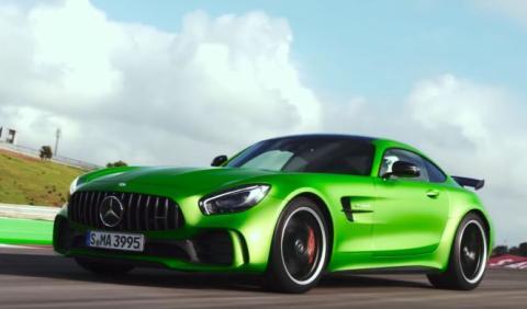 Vídeo: la prueba que no esperabas del Mercedes-AMG GT R