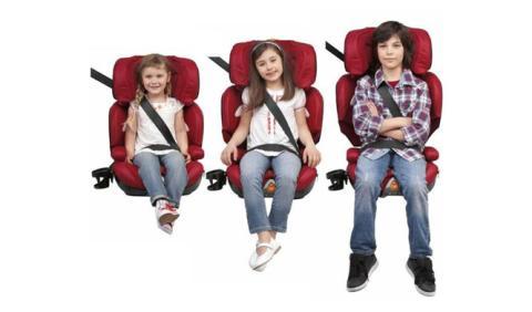 Cómo colocar tres sillas en el coche