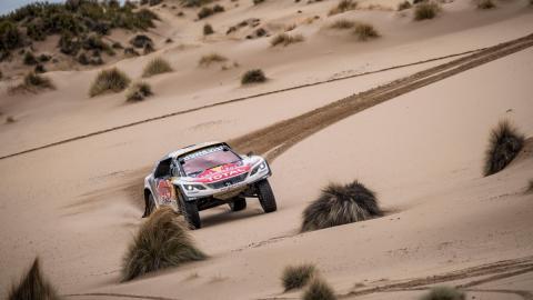 Dakar 2017. Coches, Etapa 7: Peterhansel se hace fuerte