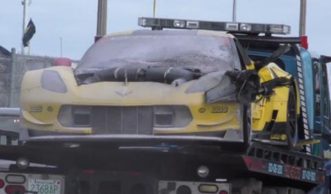 Incendiado un Chevrolet Corvette C7.R en los entrenamientos