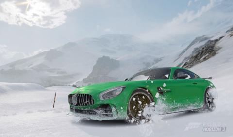Vídeo: Mercedes-AMG GT R, drift nevado en Forza Horizon 3