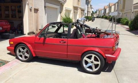 Cuidado con este Volkswagen Golf Cabrio Mk1 de 300 CV