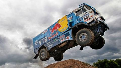 Kamaz, el camión volador del Dakar