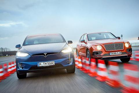 Cara a cara: Tesla Model X vs Bentley Bentayga