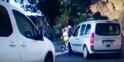 El zasca de un ciclista al conductor que le quiso arrollar