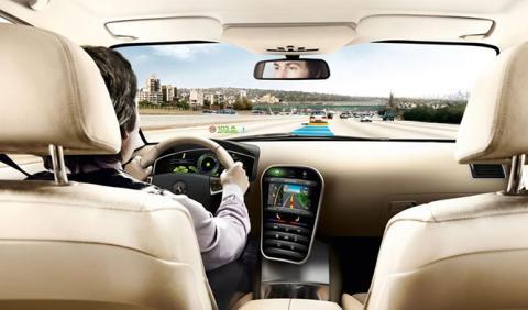 Conductor, coche o vía, ¿cuál puede reducir los accidentes?
