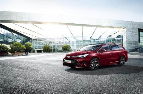 Toyota Avensis 2017: presentado oficialmente