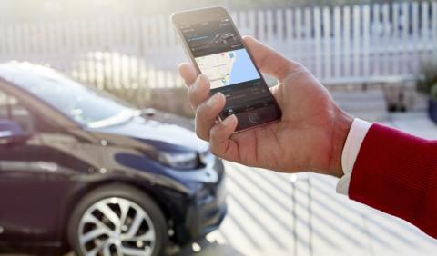 El peligro de comprar un coche conectado de segunda mano