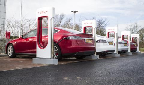 Vídeo: el coche eléctrico no es tan limpio como crees