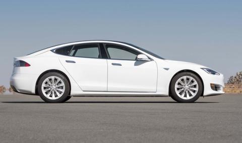 El Tesla Model S 100D puede recorrer hasta 539 km