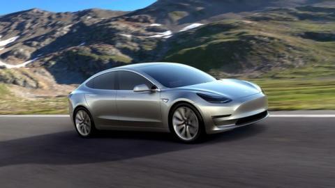 BMW habla sobre el nuevo Tesla Model 3
