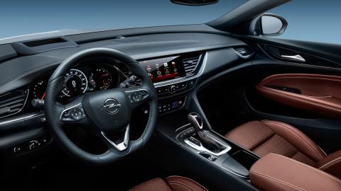 Opel Insignia Grand Sport interior