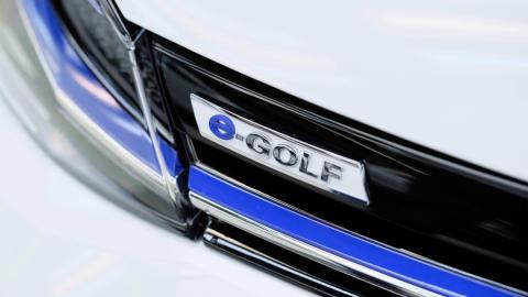volkswagen e-Golf calandra