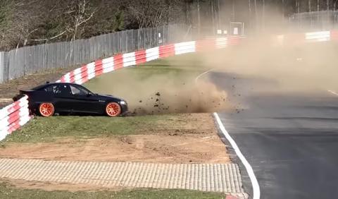 Vídeo: este BMW M3 E90 es la última víctima de Nürburgring