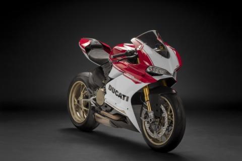 A Chris Harris casi le roban su Ducati 1299 Panigale S