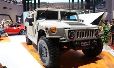 El Hummer H1 vuelve a la vida de la mano de Bob Lutz