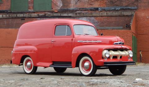 Reparte con estilo gracias a esta Ford F-1 de 1951