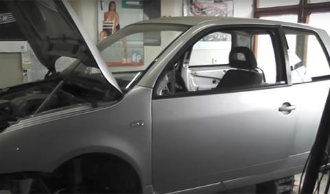 Locura tuning: un Volkswagen Lupo con 900 CV