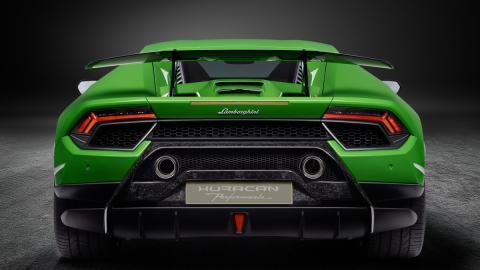 Lamborghini cree que un Huracán más potente es posible