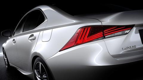 Los mejores coches híbridos para 2017