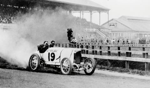 120 años de Mercedes en competición
