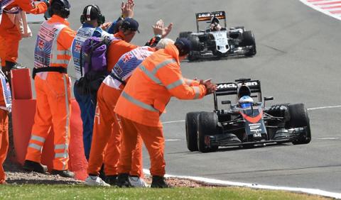 Alonso consigue su primer punto del proyecto McLaren-Honda