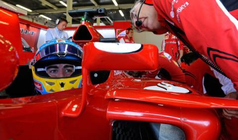 """Alonso: """"Hay que ir al ataque, salimos muy atrás"""""""
