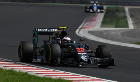 Alonso no espera ser el cuarto mejor equipo en Alemania
