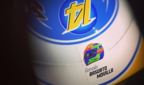 Alonso rinde homenaje a Gonzalo Basurto en su casco
