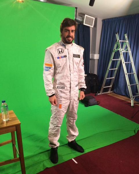 Alonso, con el traje de McLaren-Honda