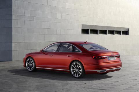Audi A8 summit silueta