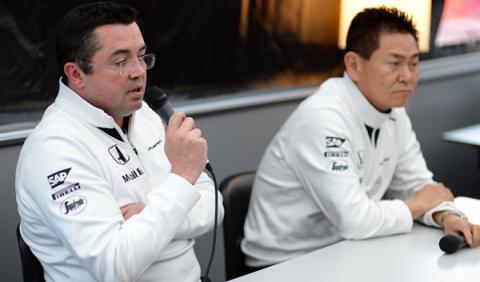"""Boullier a Honda: """"si se está en F1, es para hacer F1"""""""