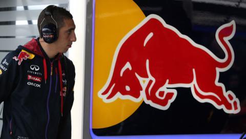 Buemi seguirá como piloto reserva de Red Bull en 2015