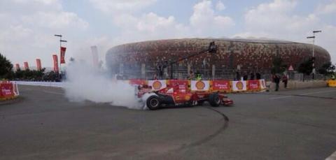 La exhibición de Marc Gené y Ferrari en Sudáfrica