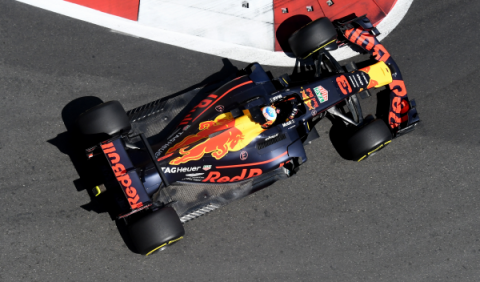 F1. GP Azerbaiyán 2017: Ricciardo reina en el caos de Bakú