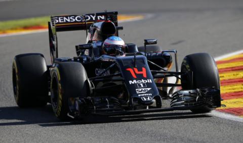 Fernando Alonso, el piloto que mejor sale