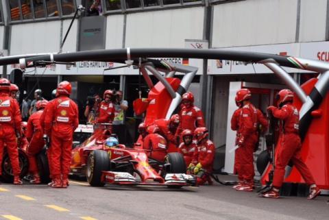 Fernando Alonso trabaja duro en Maranello