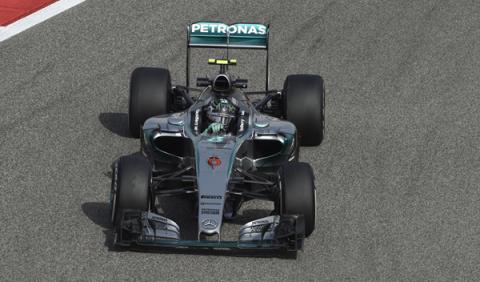 Fórmula 1. Libres 2 GP Bahréin: Mercedes vuelve al frente